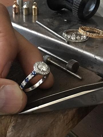 Bague entourage diamants